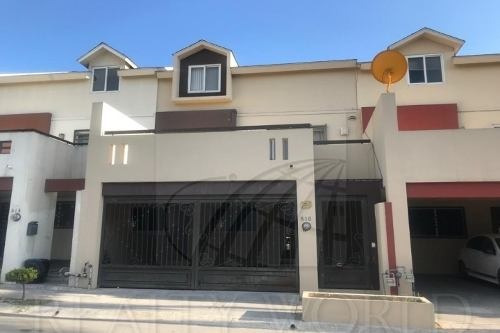 Casas En Venta En Puerta De Hierro, Monterrey