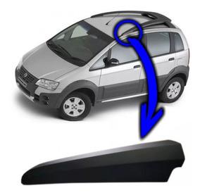 Acabamento Bagageiro Fiat Idea Adventure 2010 A 2013 Lado Mo