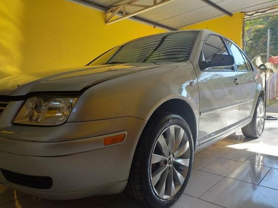 Volkswagen Bora 2.0 Comfortline 4p 2001