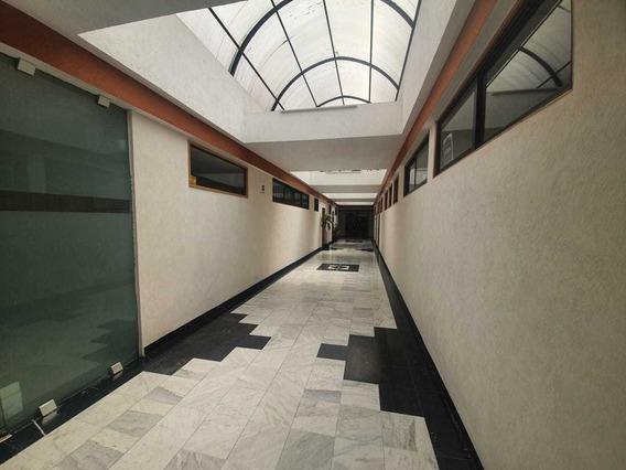 Oficina 3 Privados Sala De Juntas Recepción 2 Cajones