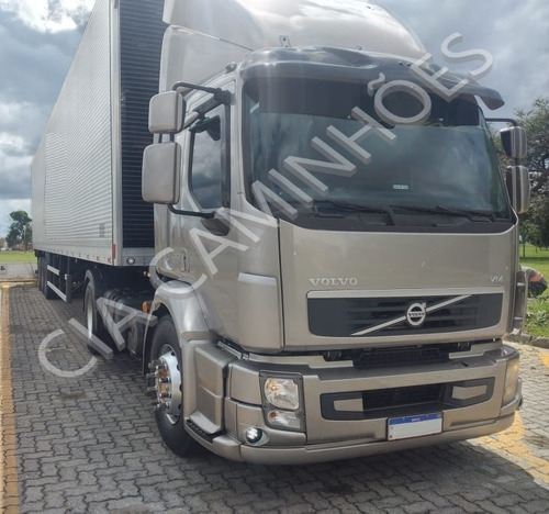 Imagem 1 de 6 de Volvo Vm 330 4x2 Ano 2013 C/ Ar Condicionado Muito Novo
