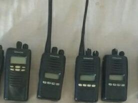 Radios Kenwood 83*42*22*47*86 De Uso.