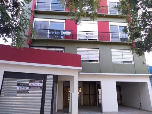Departamento En Venta 3 Ambientes C/cochera En Pilar Centro