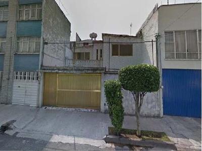 Casa En Venta. Oportunidad. Ex Hipodromo De P. Cod. R50