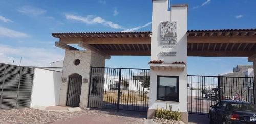Terreno En Condominio, Ciudad Maderas El Marqués