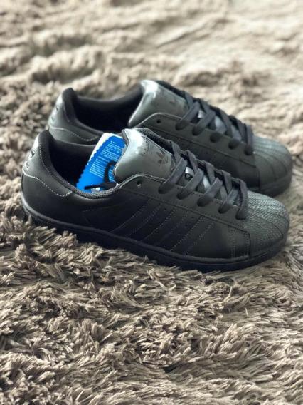 adidas Superstar Black