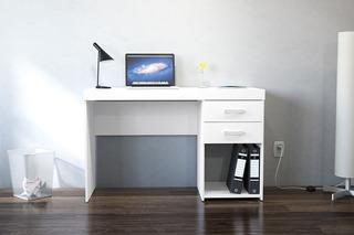 Escritorio De Computación Bulk Malta Blanco Con 2 Cajones