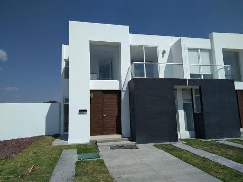 Casa En Venta En Zakia, El Marques, Rah-mx-20-580