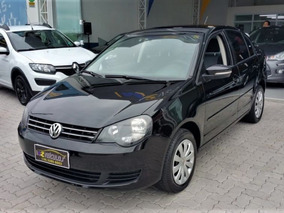 Volkswagen Polo Sedan 1.6 T.flex Completo