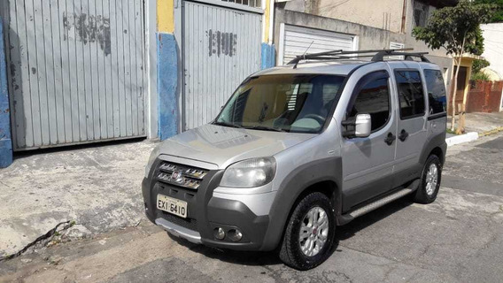 Fiat Doblo Adventure1.8 Locker Flex 5p - 6 Lugares - 2012