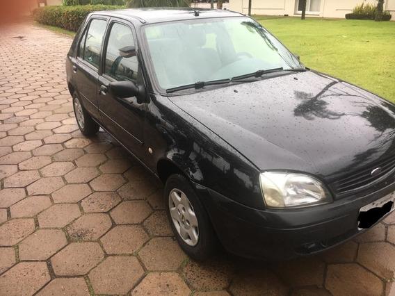 Ford Fiesta Zetec Rocam 1.0 Gl 4p - 2001/2001