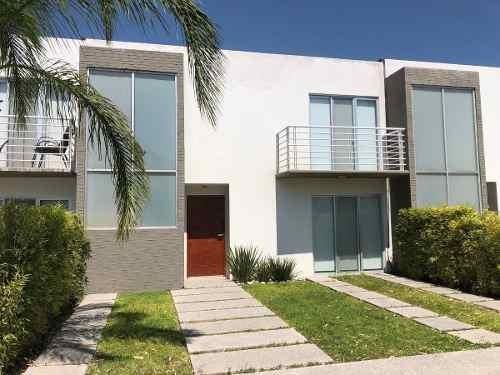 Se Vende O Renta Linda Casa Amueblada En Valle De Juriquilla