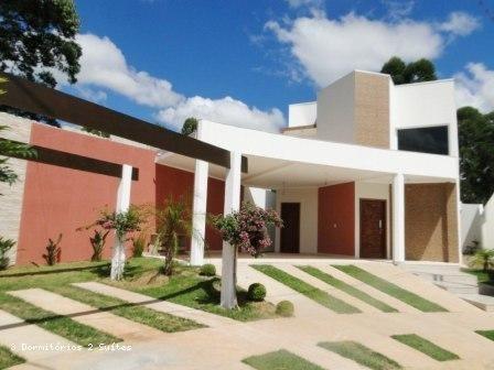 Condomínio Fechado Para Venda Em Bragança Paulista, Pertinho Do Novo Shopping, 3 Dormitórios, 2 Suítes, 4 Banheiros, 4 Vagas - 1085