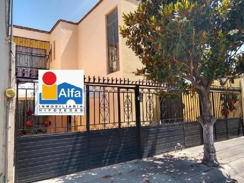 Se Vende Casa En Jardines De Irapuato