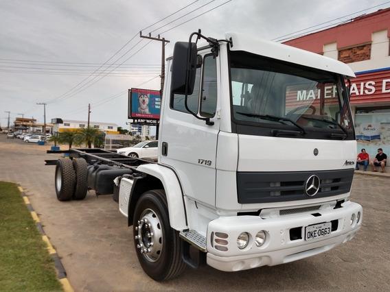 Mercedes-benz Atron 1719 Toco / Reduzido / Tanque