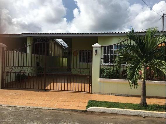 Vendo Casa En Altos Las Praderas, San Antonio 19-2436**gg**