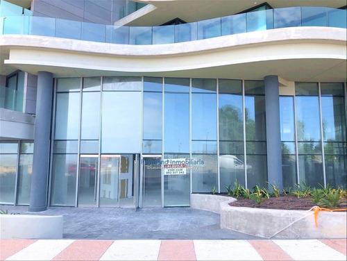 Local De 297m2 En Edificio Forum A Estrenar