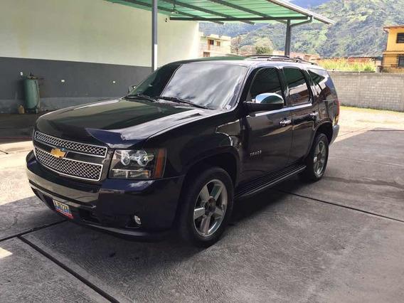 Chevrolet Tahoe V8 4x4