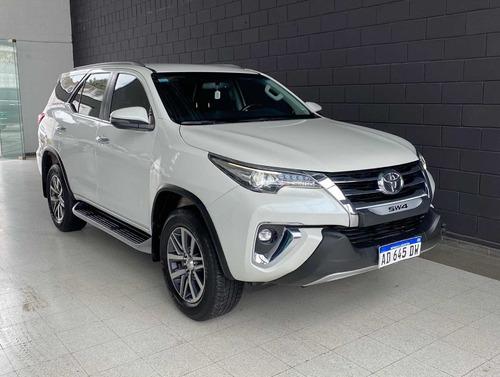 Imagen 1 de 10 de Toyota Sw4 2019 2.8 Srx 177cv 4x4 7as At