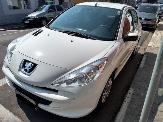 Peugeot 207 Active 1.4 Flex 8v 2014