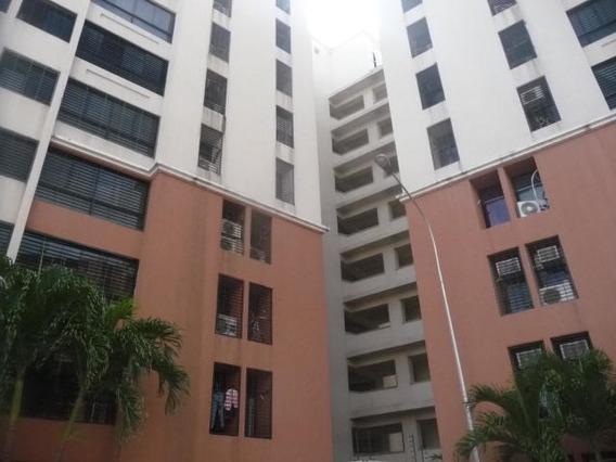 Apartamento En Venta Urb Bosque Alto Maracay Mj 19-9671