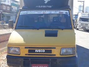 Iveco T4912 Ano 1998 Com Baú.