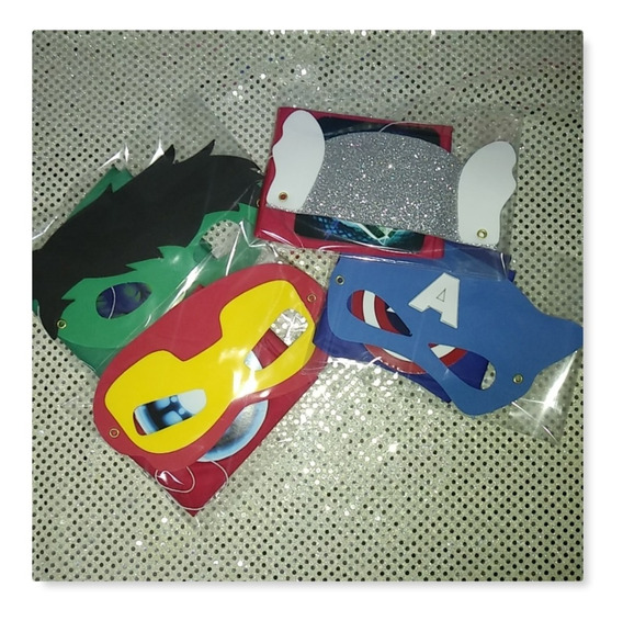 Capas Y Antifaz Superheroes 18 Pzs