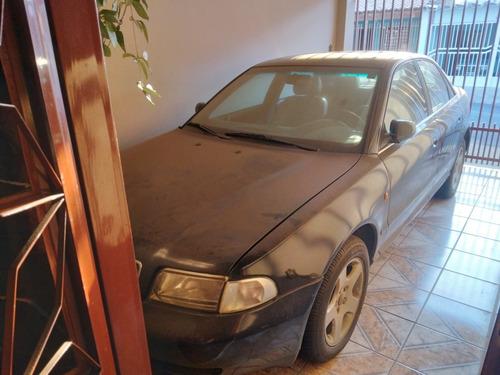 Imagem 1 de 14 de Audi A4 1998 2.8 Aut. 4p