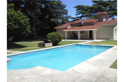 Casa-3 Amb-2 Bños-casa Huéspedes -piscina-5.367 M2