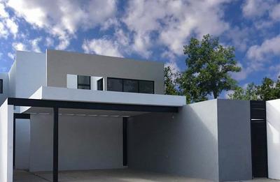 Residencia Nueva De 4 Recámaras En Venta En Temozón Norte, Mérida Norte