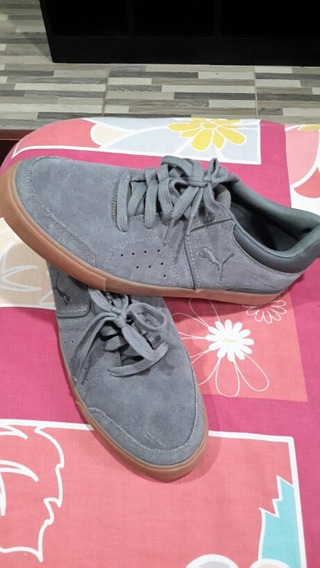 Zapatos Puma Suede Gris Talla 42 (9.5) Nuevos Originales