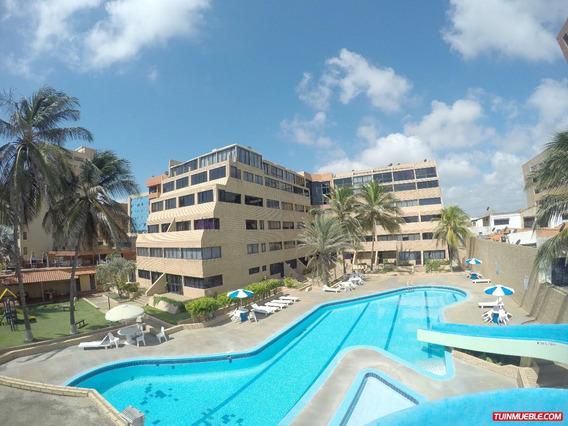 Apartamento En Tucacas A Precio De Oportunidad- 0424-4465154