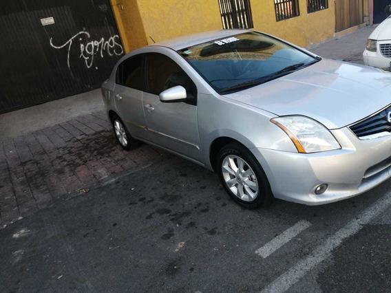 Nissan Sentra 2.0 Custom 6vel Mt 2011