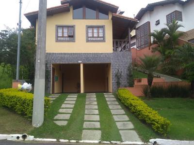Linda Casa No Delfim Verde