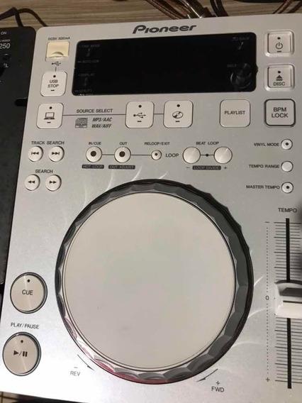 Cdj Pioneer 350 + Mixer 250 Pioneer (usada Apenas No Estudio