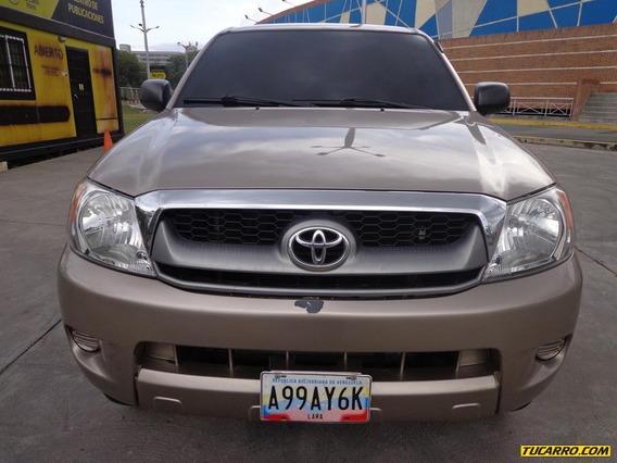 Toyota Hilux 2.7 4x4 Sincrónico
