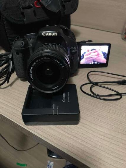 Câmera Profissional Com Tela Móvel Cânon T3i