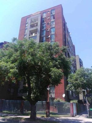 Departamento Danacorp En Calle Moneda