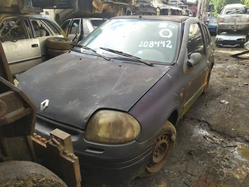 Imagem 1 de 6 de Renault Clio Sedan 1.0 16v 2003 Sucata Somente Peças