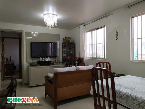 Apartamento De 03 Quartos Bairro Sagrada Família - Pr3012