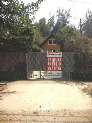 Calle Baja El Bosque 3290