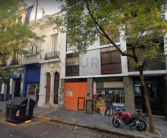 Alquiler De Local Comercial Sobre La Calle En Balvanera