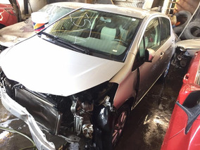 Toyota Yaris Hb Premium 2013 Para Reparartoyota