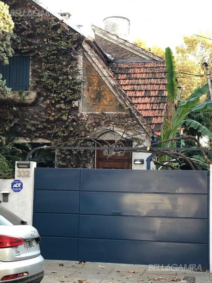 Casa De Época En Vicente López