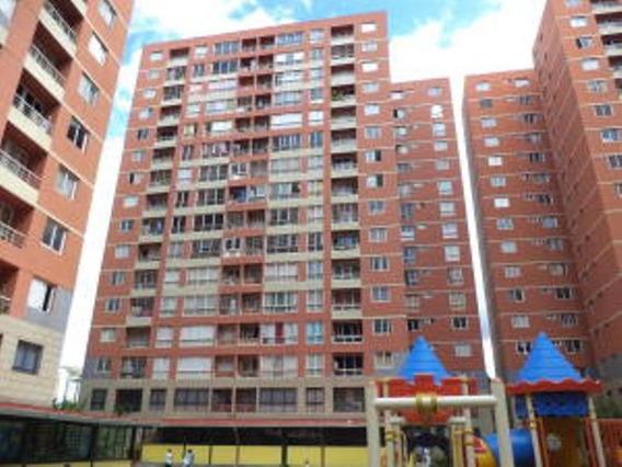 Apartamento En Venta Ciudad Tiuna 19-20424