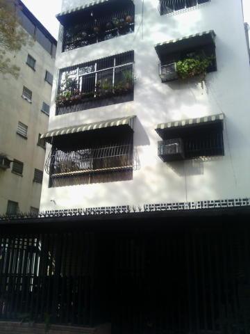 Apartamentos En Venta Valle Abajo 20-8717 Rah Samanes