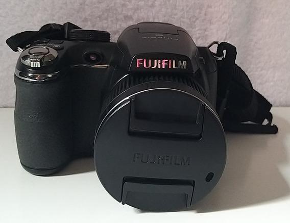 Câmera Digital Fujifilm Finepix S3300 - Zoom 26x /14 Megapix