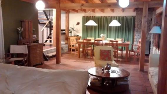 Casa De 4 Ambientes En Villa La Angostura - Neuquén