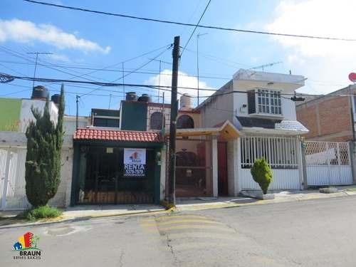 Renta Casa Colinas Del Lago, Cuautitlán Izcalli.
