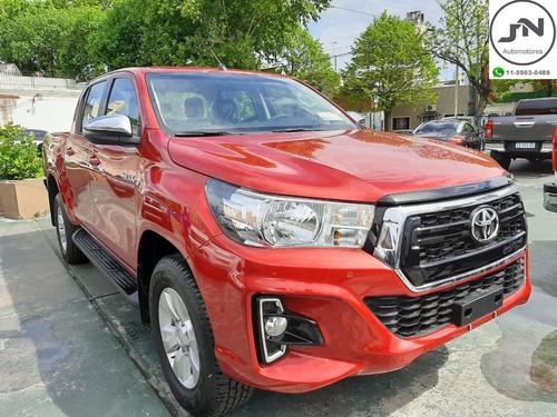 Toyota Hilux 2.8 Cd Srv 4x2 M/t 2020